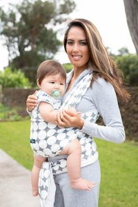 Baby wearing research benefits