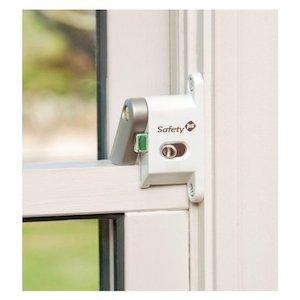 childproof window lock safety 1st