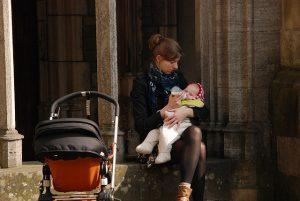 postpartum acne breastfeeding
